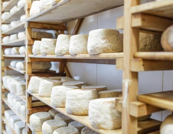 Achadinha Cheese Company (courtesy) - Cheesemaking