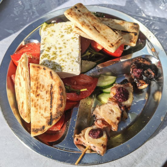 Calamaki - Greek salad and octopus skewer (Foodzooka)