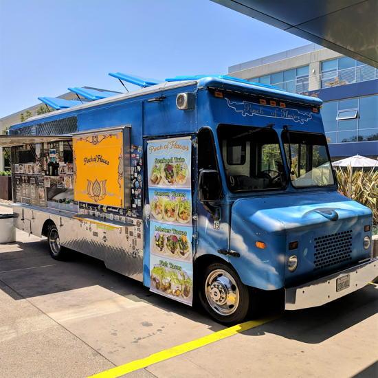 Pinch Of Flavor Food Truck (Foodzooka)