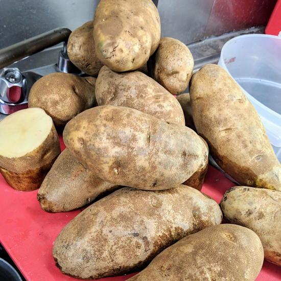 Poutine Brothers - Idaho russet potatoes (Foodzooka)