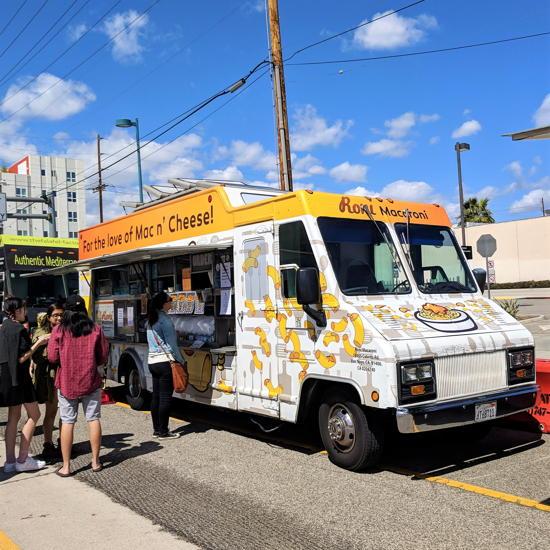 Roni Macaroni Food Truck (Foodzooka)
