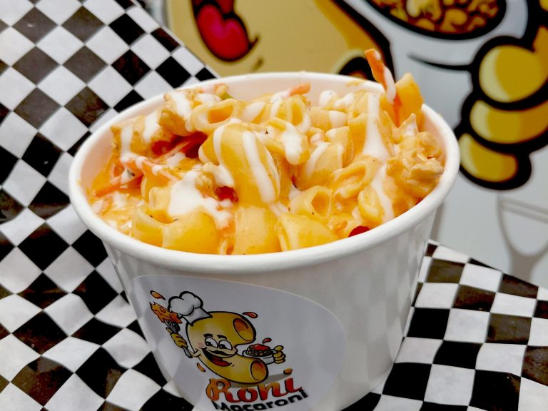 Roni Macaroni - Foodzooka Splat Feature
