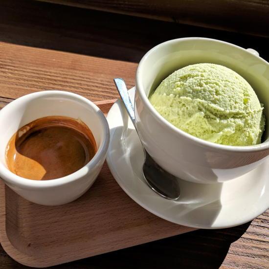 Sharp Specialty Coffee - Stereoscope espresso and green tea ice cream (Foodzooka)